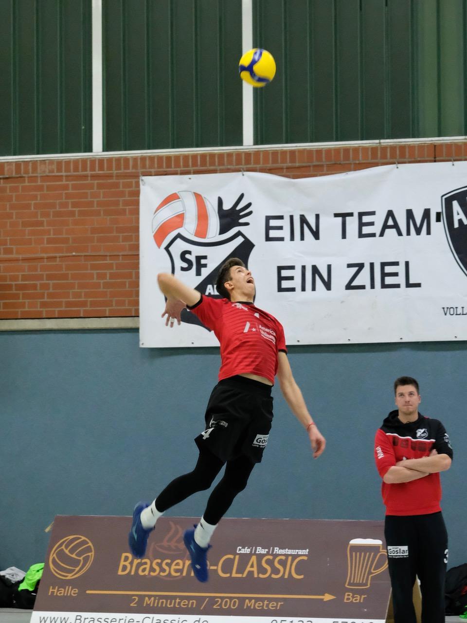Doppelte Siegesfreude zum Jahresende – Aligser Volleyballteams gewinnen souverän