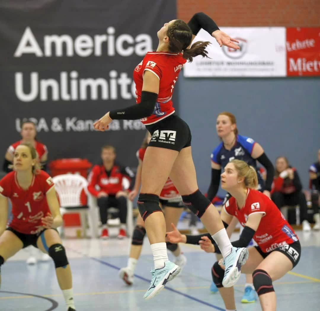 Besondere Leistungen nötig – Sieg und Niederlage für Aligses Volleyballteams